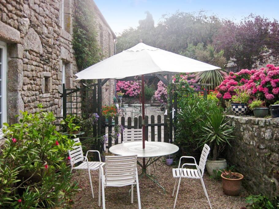 Maison pittoresque avec jardin maisons louer bretteville for Jardin pittoresque