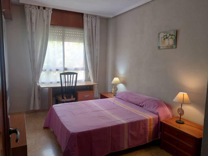 Habitación/room individual cama 135 centr Albacete