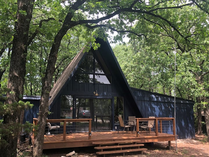 A-Frame Cabin in Granbury