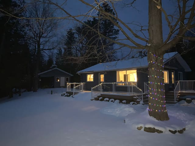 Calabogie Winter Cabin