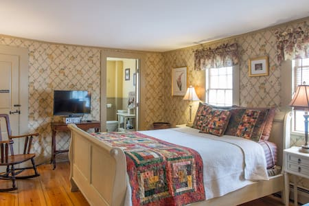 Black Boar Inn - Littlefield Room - Ogunquit