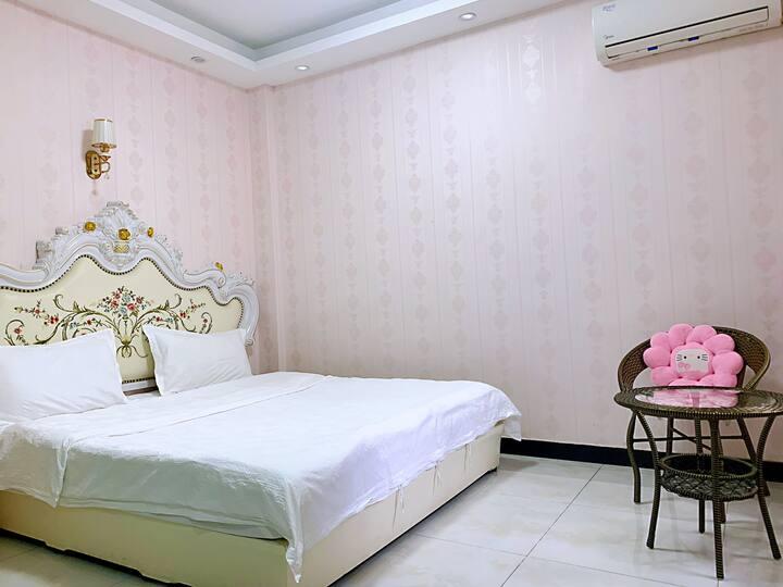 时尚欧美大床房
