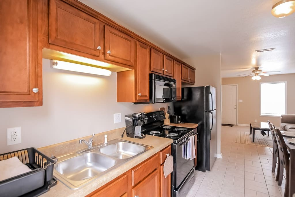 Fully furnished 3 bedrooms b3 apartments for rent in - 3 bedroom apartments clarksville tn ...