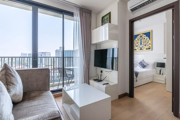 Luxury Condominium V @Chiang Mai