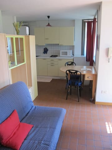 Puccini Residence #4 Piano terra con giardinetto