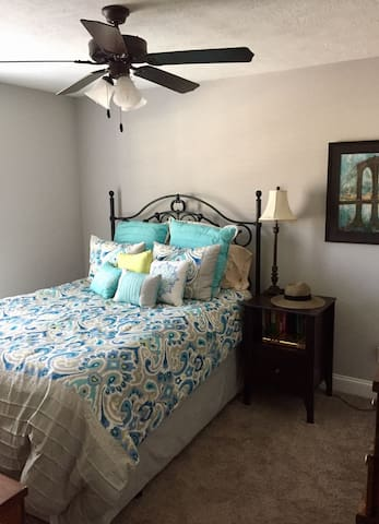 Cozy 1 Bed/1 Bath Private Room - North Augusta