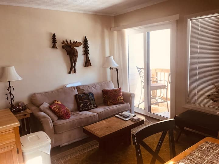Sugar Mountain One Bedroom Walk to Slopes