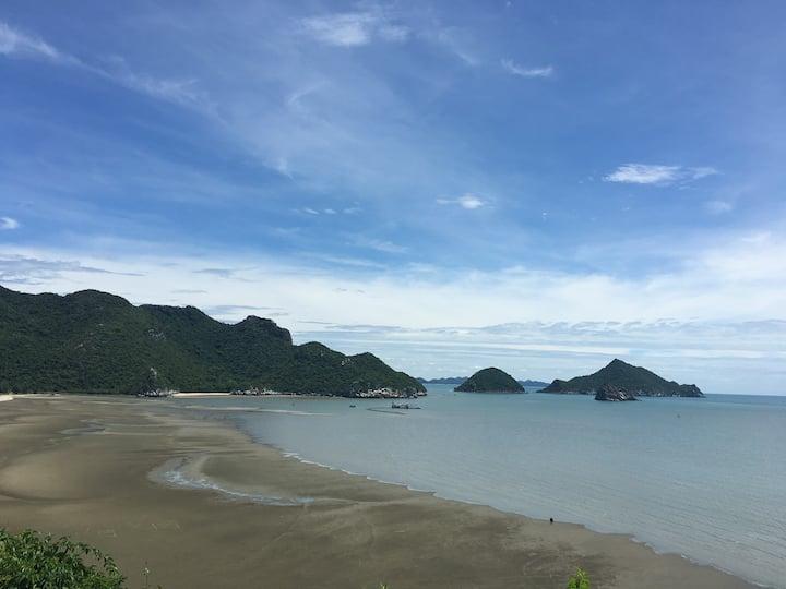 The Sea at Dolphin Bay