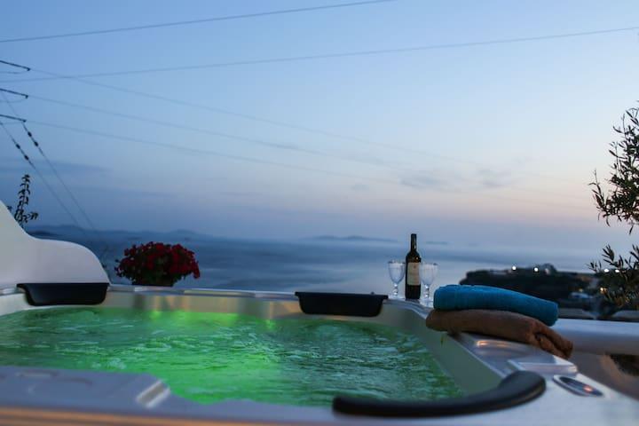 VillaElina suite for4 with amazing outdoor jakuzi