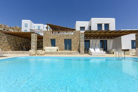 Nike suite with shared pool, panoramic sea views! - Mikonos