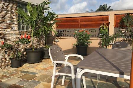 Un jardin sur le toit - Vieux Cocody
