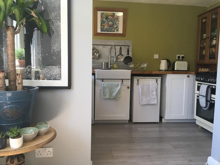 Beautiful Light Entire Home In Central Nailsworth