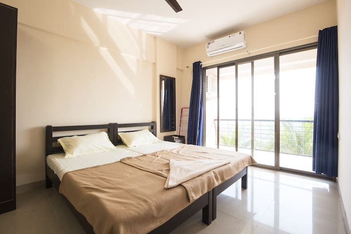 Luxurious 2BHK Homestay For All at Ribandar 301 - Ribandar - Huoneisto