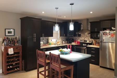 North End 4BDR Home Close to Casino & 10 Min DT