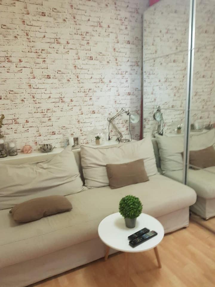 Studio meublé, équipé et sécurisé en plein Paris
