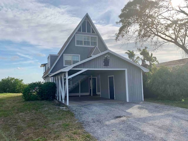 House on Little Manatee River/mouth of Tampa Bay