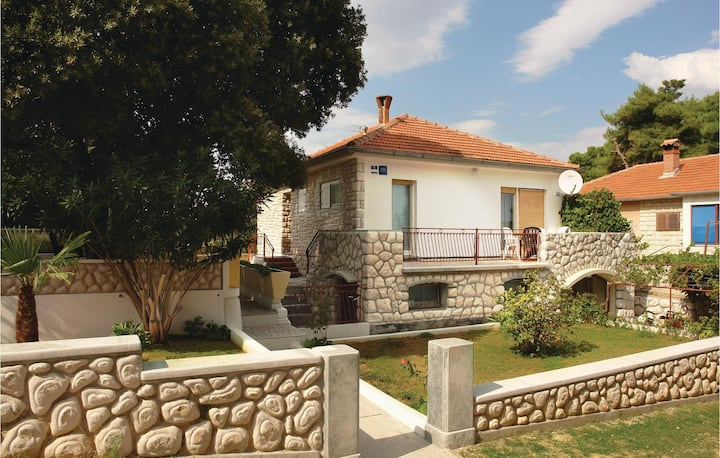Nice home in Pula with 2 Bedrooms