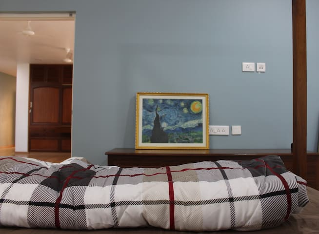 Artistic Apartment with a private terrace - Puducherry - Daire