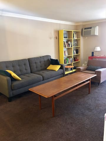 Colorful Congress Park Condo - Denver - Huoneisto