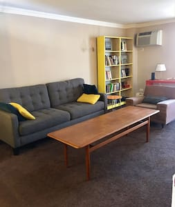 Colorful Congress Park Condo - Denver - Apartamento