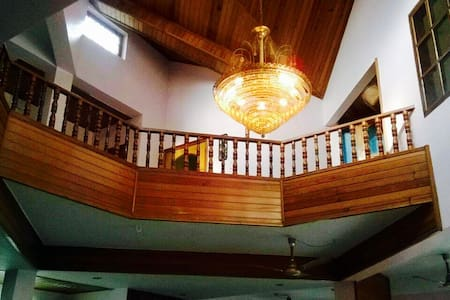 ROOM 2 - Stay at the heart of GHY - Guwahati - House