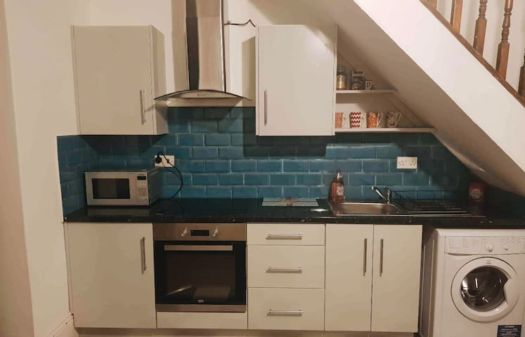 Birmingham | 2 Storey Private Apartment