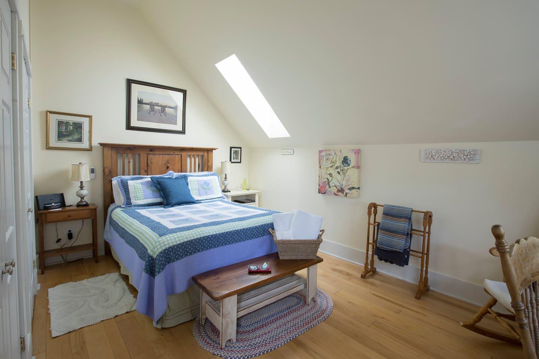 Fairy Lake Room