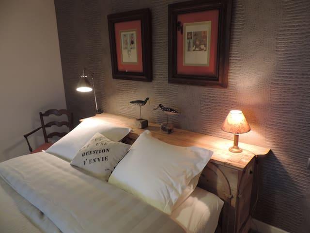 Maison d'hôtes de charme Ker Ar Men Petit Déjeuner - Minihy-Tréguier - Bed & Breakfast
