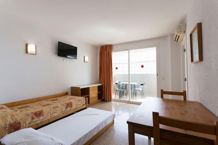 Apartamento 1 dormitorio con Terraza - 3 apx