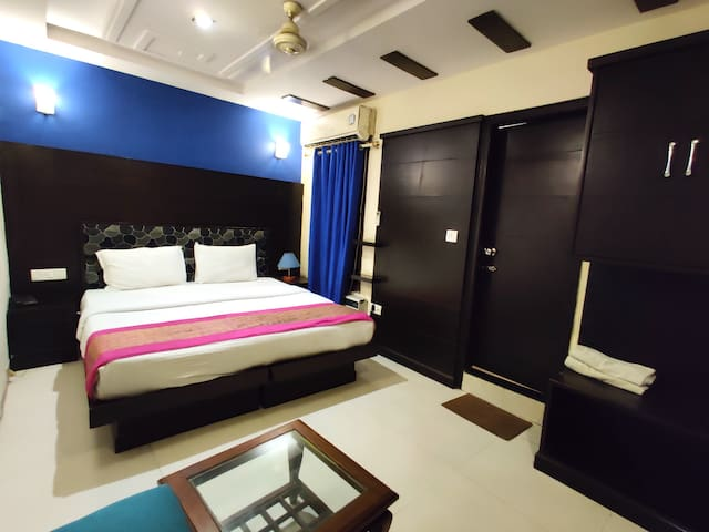 Unistar Budget AC Single Room