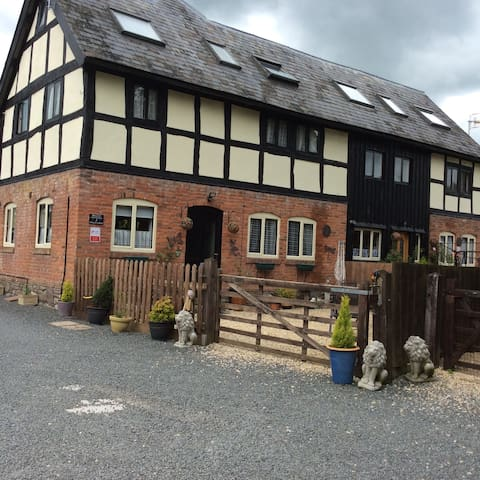 Breeze  Cottage at Teds Fold Farm.