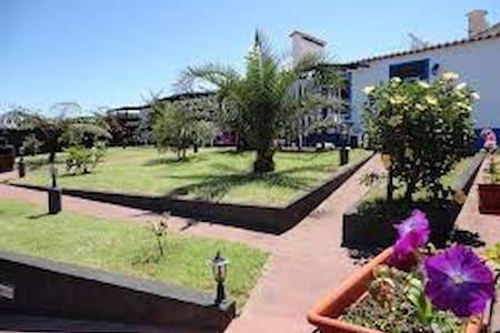 Casa Magnólia - Ponta Delgada  - Dom