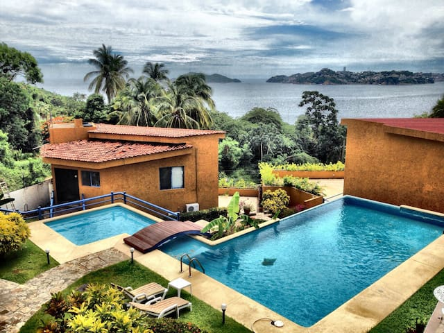 Nice house with fantastic view! - Acapulco - House
