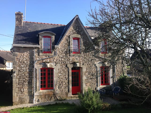 Vrijstaande vakantiewoning Tin Ton in Bretagne - Landudal - Hus