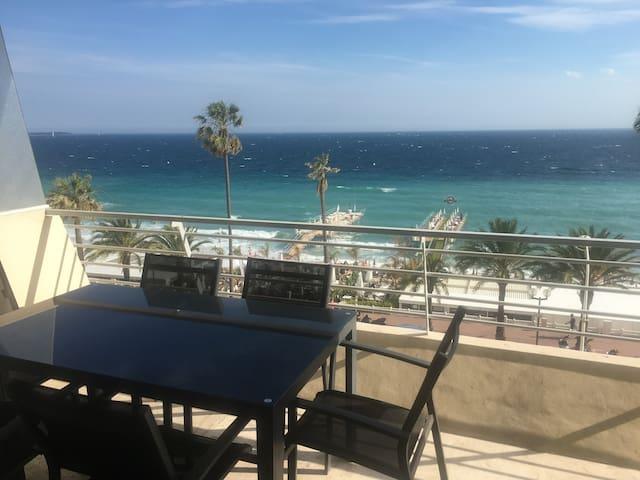 Amazing & spacious beachfront view near Palais - Cannes - Departamento