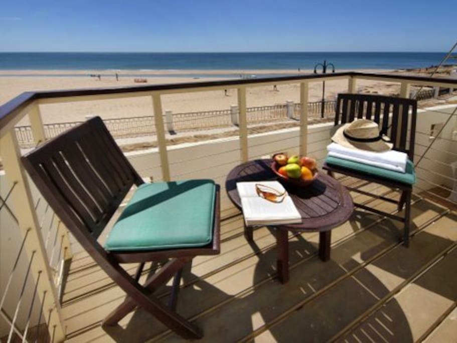 Uninterrupted sea and beach views from your south facing balcony.