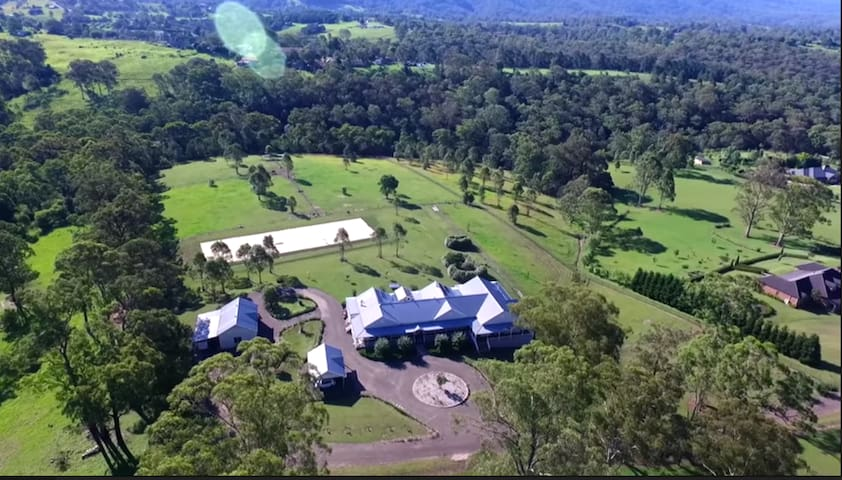 Kurrajong Farmhouse homestay B&B - Kurrajong - Bed & Breakfast