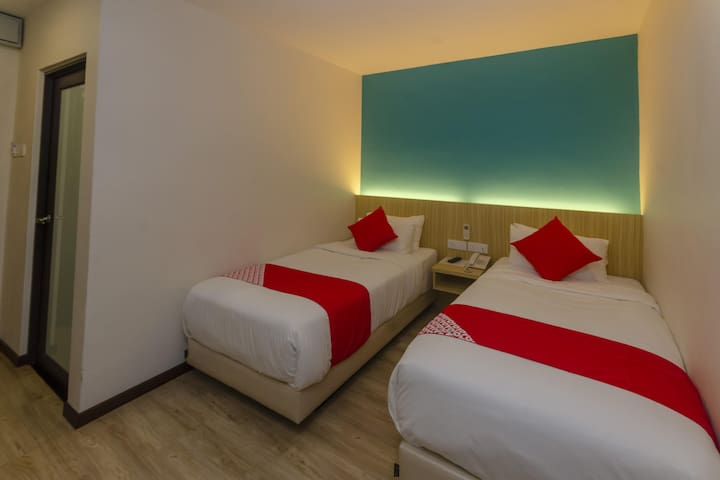 Rs Boutique Hotel- 1BR Standard Twin! On Sale!