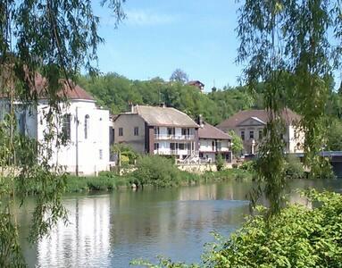 Nouveau - Le Doubs séjour 80m²
