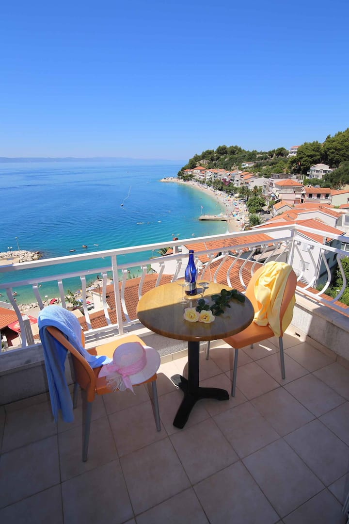 apt for 2+2 persons with WLAN in Podgora R68538