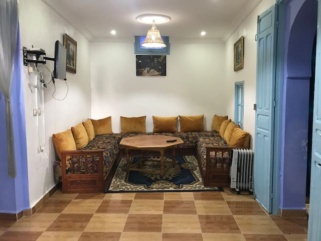 Morisco's Moroccan lounge with TV & TV cable. This is where you can enjoy yer meals or a sit in w/ friends & family