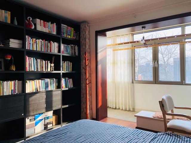 安静的老北京小区,私密独立大卧室,内部全新装修