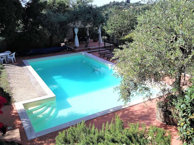 Nice villa in the country near Rome