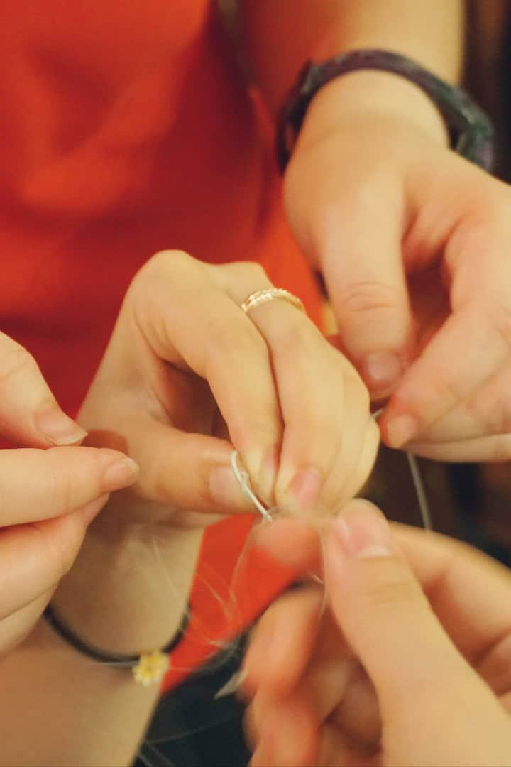 琴弦的蝇头像是蜻蜓的翅膀,所以也叫蜻蜓结