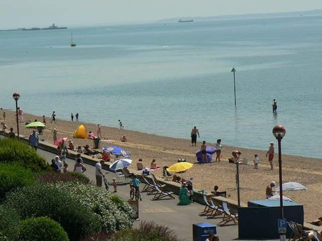7 bedroom beach front house - Southend-on-Sea - Huis