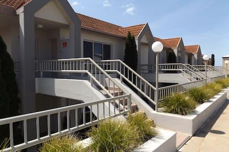 Apartment 48 Cypress Drive - Mulwala - Lägenhet