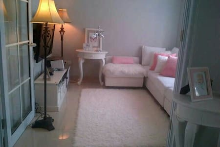 White house,chic and classic modern - Tangerang