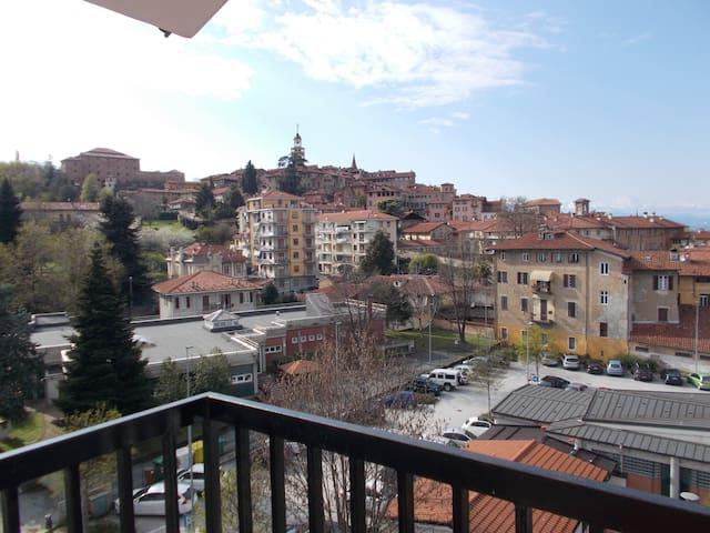 Mansarda Belvedere  Saluzzo Centro - Saluzzo - Appartement
