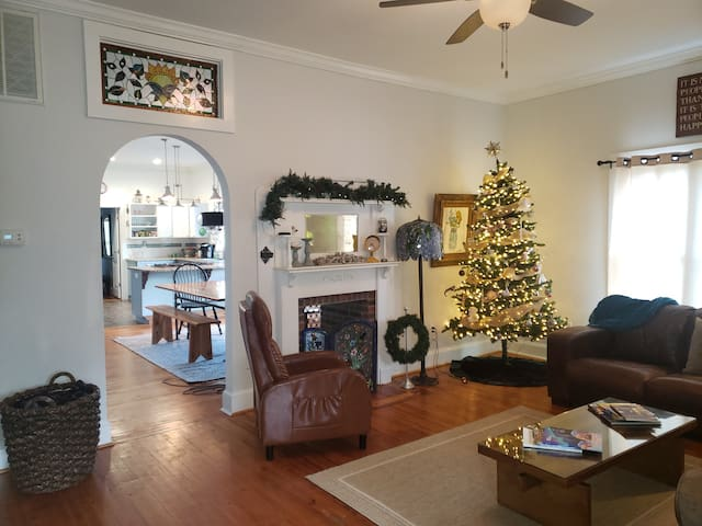 Charming 2/2 Mill Home in Belmont