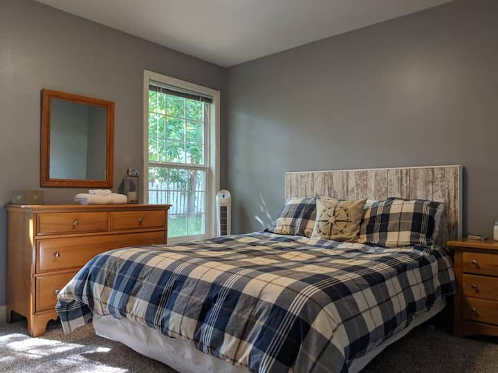Private Room | Clean and Cozy | Downtown Shawnee
